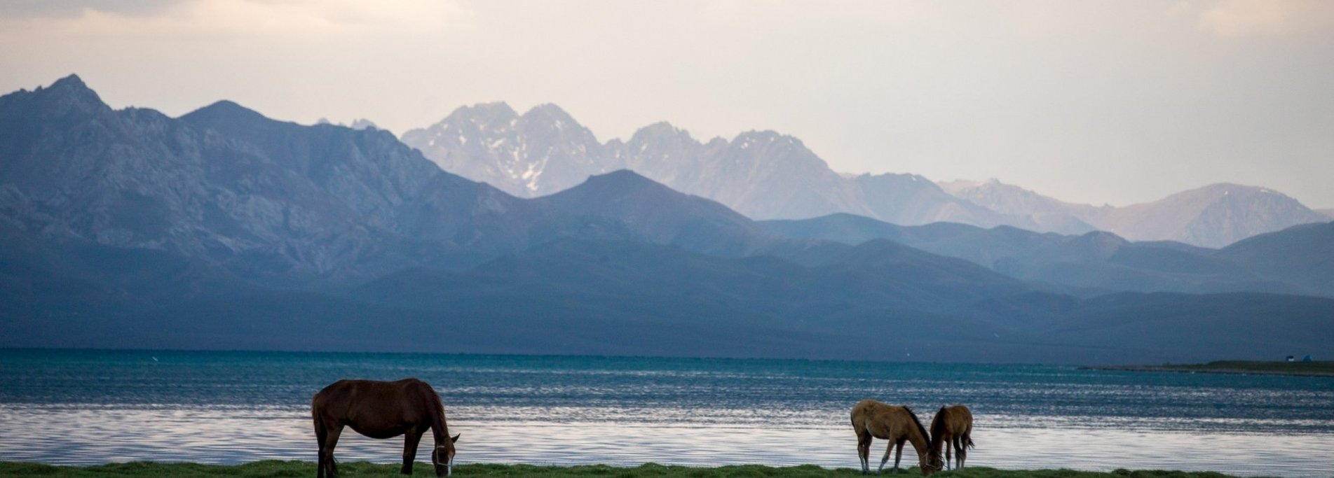 Horseback riding tour near Lake Son-Kul - Through the most beautiful mountain spaces