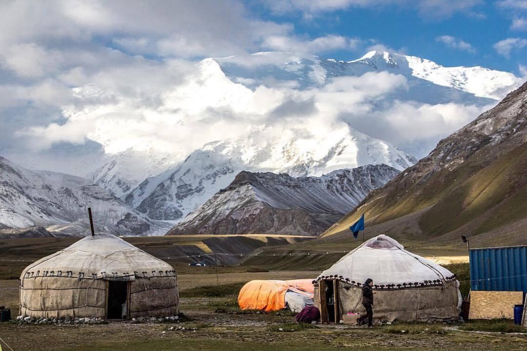 >Yurts at the base camp