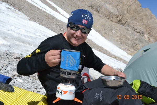 What to eat during the ascent to the high mountains